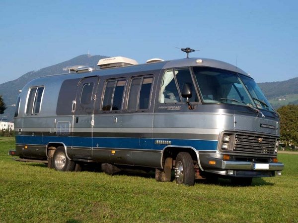 Monster 4x4 Airstream Motorhome